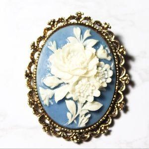 Vintage Gerrys Blue Gold Tone Cameo Brooch Pendant